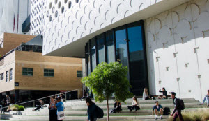 Swinburne University of Technology Library